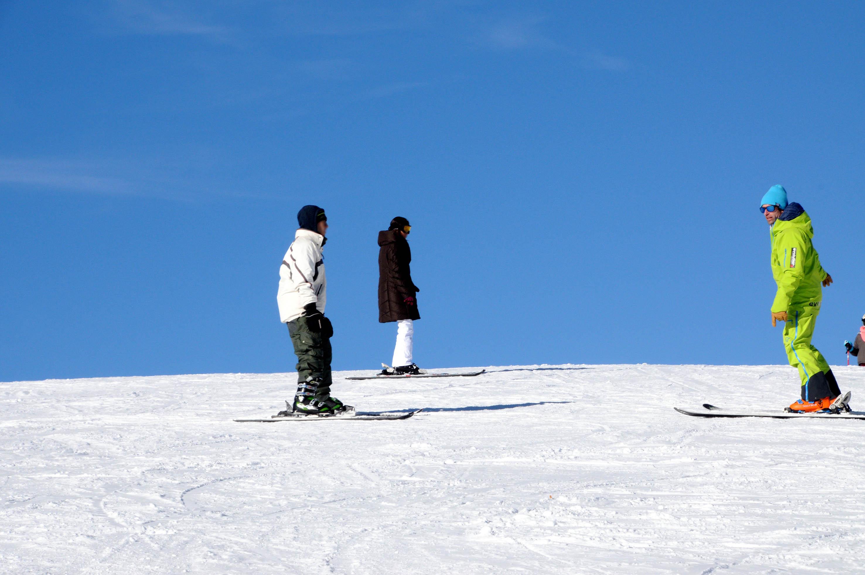moniteur de ski à vars engagement